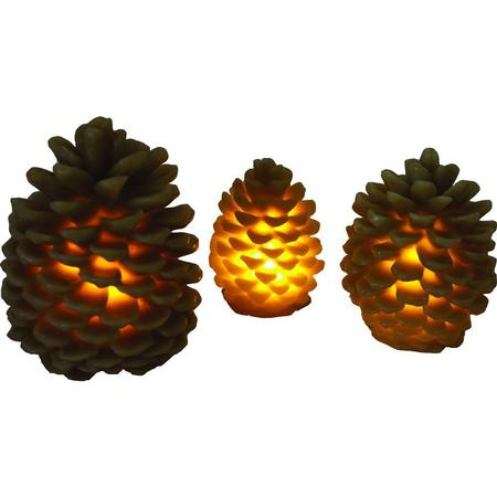 RIVER`S EDGE PINE CONE CANDLES